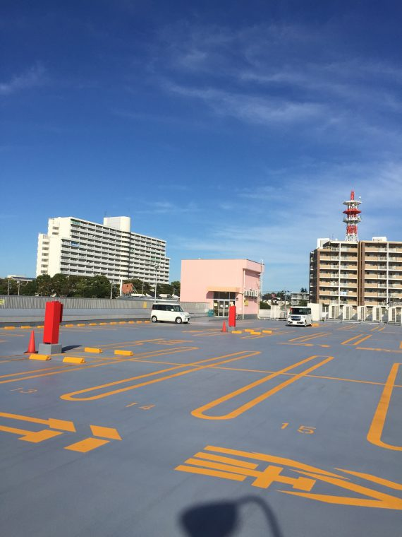 ヤオコー 成田はなのき台駐車場屋上