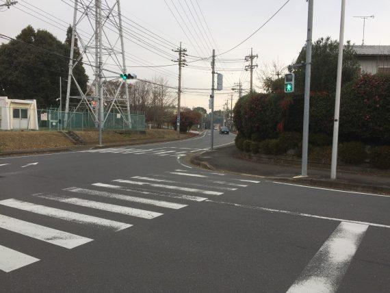T字路の交差点